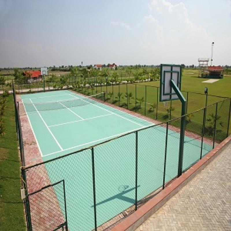 100 Acres Resort